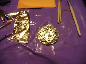 Amulett Schlagmetall